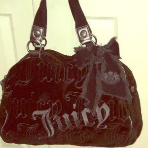 Gorgeous, fun, large JUICY COUTURE bag. Black.